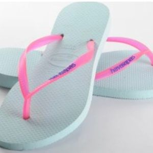 💛 Slim Havaianas flip flops